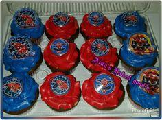 Spiderman cupcakes.