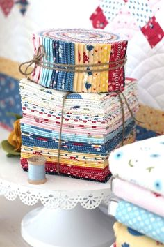Retro-inspired fabric collection, Gretel, by Amy Smart for Penny Rose/Riley Blake Designs. Plus brand new quilt pattern, Fraulein. Quilting Projects, Quilting Designs, Diy Quilting, Modern Quilting, Quilting Ideas, Christmas Tree Quilt Block, Amy Smart, Flannel Quilts, Quilt Making