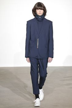 See the complete Public School Fall 2016 Menswear collection.