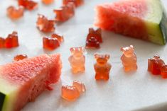 An easy whole fruit gummy bears recipe made with watermelon juice. Kids love these gummies! Watermelon Dessert, Fruit Drinks, Best Gummy Bears, Vegan Gelatin, Fruit Chews, Sour Candy, Healthy Snacks For Kids, Healthy Food, Summer Desserts