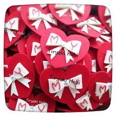 ♥ Tiryaki Hobi ♥: Keçe nikah / nişan şekeri / magneti - fiyonk kalp (Mustafa & Yadigar) ------------ felt wedding / engagement favors