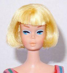 STUNNING! VINTAGE BLONDE Bubble Cut Barbie Doll Mint! *1DAY* - $30.00 | PicClick Honey Blonde Hair, Pale Blonde, Blonde Hair Blue Eyes, Brunette To Blonde, Platinum Blonde, Midge Barbie Doll, Vintage Barbie Dolls, Vintage Redhead, Pretty Redhead