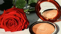 A review of the Clarins Aquatic Treasures Bronzer on tulipgracebeauty.com.