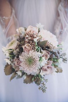 Fall bouquets for 2015 bring rich color and texture options that showcase a florist's unique craft. A Strictly Weddings feature that is pin-worthy. Blush Wedding Flowers, Bridal Flowers, Floral Wedding, Wedding Bouquets, Wedding Veils, Wedding Hair, Bridal Hair, Bouquet Bride, Fall Bouquets