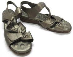 Walking Cradle Elites 7 Valerie Gold Leather Ankle Strap Slingback Sandals