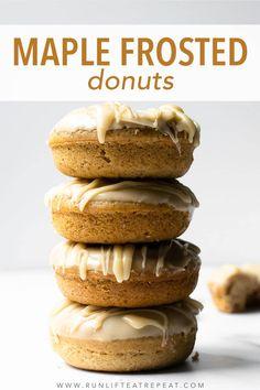 Cake Donut Recipe Baked, Homemade Baked Donuts, Baked Donut Recipes, Baking Recipes, Cookie Recipes, Baking Ideas, Maple Donuts, Maple Cookies, Maple Cake