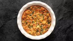 Těstoviny spestem zbrokolice, mandlí asýru   Recepty   TelevizeSeznam.cz Chana Masala, Chili, Pizza, Soup, Cooking Recipes, Ethnic Recipes, Easter, Spring, Chile