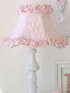 Exquisite Rose Pink Lamp Shade with Petals and Roses