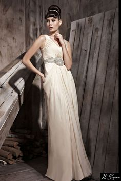 Rochie de seara lunga ivory    http://ilsegno.ro/colectii/rochii-de-seara