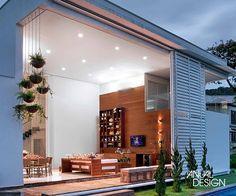 Painel e Pé-direito Duplo: Anual Design Brasília