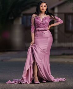 African Lace Styles For Christmas : New Fashion Aso Ebi Gowns Designs For Women African Bridesmaid Dresses, African Lace Dresses, African Fashion Dresses, Ghanaian Fashion, Lace Gown Styles, Dinner Gowns, African Lace Styles, African Traditional Dresses, African Attire