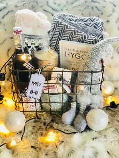 A DIY hygge gift basket that makes a great cozy gift for Christmas. Help create the hygge lifestyle for home or for the holidays. #gifts #giftguide #diy #easydiy