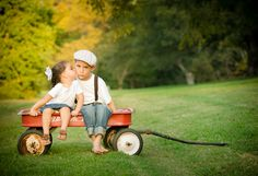 Brother & sister, radioflyer, life is sweet photo boutique, austin, tx, family photography