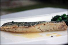 Filet de bar en papillote avec basilica et vermouth Valeur Nutritive, Sauce, Camembert Cheese, Ethnic Recipes, British, English, Food, Steak, Essen