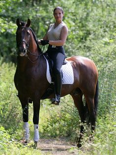lofty style - equestrienne on a Horse