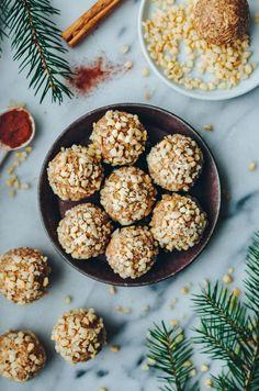 Vegan Sweets, Vegan Snacks, Raw Food Recipes, Dessert Recipes, Good Food, Yummy Food, Swedish Recipes, Foods To Eat, Healthy Baking