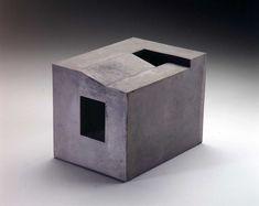ENRIC MESTRE Arquitectura para la mirada. Escultura cerámica.