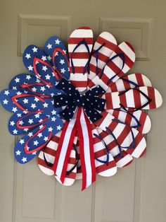 Simple patriotic flip flop wreath - if I can do it anyone can!
