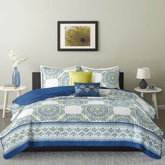 Intelligent Design Mikay Coverlet Set - Coverlet Sets - Blue - Size -... ($84) ❤ liked on Polyvore featuring home, bed & bath, bedding, quilts, blue green bedding, intelligent design bedding, blue bedding, aqua blue bedding and extra long twin bedding