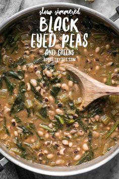 Slow Simmered Black Eye Peas and Greens is part of Slow Simmered Black Eyed Peas And Greens Budget Bytes - Slow Simmered Black Eyed Peas and Greens is a great cold weather comfort food that is as healthy as it is delicious! Vegan comfort food at its best! Pea Recipes, Soup Recipes, Whole Food Recipes, Dinner Recipes, Cooking Recipes, Easy Cooking, Fish Recipes, Holiday Recipes, Vegetarian Cooking