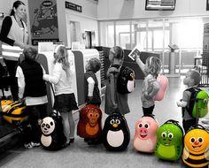 Παίζουμε μαζί: Υπέροχες, παιδικές βαλίτσες με ροδάκια!