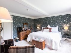 Heythrop bedroom at The Malt House, luxury bed and breakfast in the Cotswolds