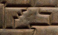 piedras megalíticas en Baalbeck, Puma Punku, Machu Pichu, Sacsayhuamán, Egipto y mas lugares… ...
