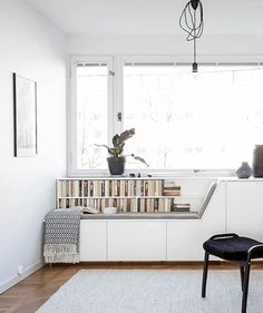 Who else would like a window seat like this? Get some design inspiration from the smart features of this clever window seat. Small Spaces, Home, Bright Homes, Minimalist Living Room, Living Room Scandinavian, Living Room Design Styles, Interior Design, Corner Seating, Scandinavian Design Living Room