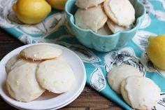 Lemon Ricotta Cookies - A light, soft, cake-like lemon cookie with a tartly sweet lemon glaze. A wonderful dessert for a brunch or shower. Lemon Ricotta Cookie Recipe, Lemon Cookies, Longest Recipe, Lemon Filling, Summer Cookies, Cookie Time, Italian Desserts, Lemon Recipes, Original Recipe