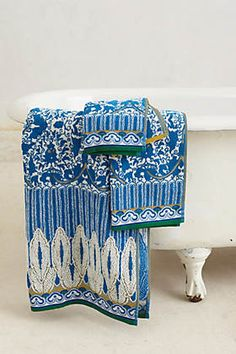 Bathroom Accessories: Shower Curtains, Towels & Bath Mats | Anthropologie