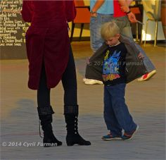 The Flasher by Cyril Furman_www.photo-judges-camera-club.com Judges, Tee Shirts, Tees, Street Photography, South Africa, Club, My Style, Mini, Fashion