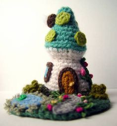 Mini Mushroom House - All the great detail takes this out of the cutesy realm.