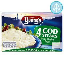 Youngs 4 Cod Steaks In Parsley Sauce 560G - Groceries