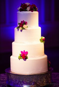 Barton Creek Country Club Wedding. Purple uplighting. Pinspotting. Photos by Jenny Demarco. http://jennydemarco.com