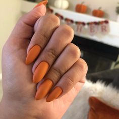 The Best Nail Trends for Cute Fall Manicure Amazing Thanksgiving Almond Nail Color Design! Cute Nail Art Designs, Colorful Nail Designs, Fall Nail Designs, Thanksgiving Nail Designs, Thanksgiving Nails, Nail Color Trends, Fall Nail Colors, Fall Nail Trends, Nail Art Halloween