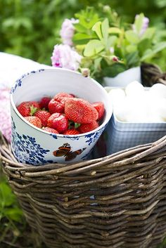 Picked some tasty strawberries for breakfast this morning. I know, cause I've already tried some....................
