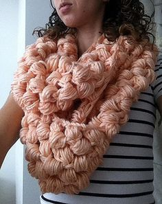 Yummy Puff Stich Scarf: free pattern. This is extreme puffs!!!!!!!!!!!!!!! Epic I would say, but made me smile, so pinning it, enjoy so xox