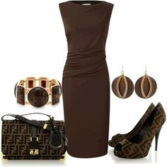 Luv this entire outfit..very nice that purse & shoes match