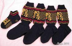 Nyt kai täällä voi jo laittaa näytille eräitä juttuja, jotka ovat jo aikapäiviä sitten valmistuneet, mutta kun ovat olleet tilaustöitä tai ... Knitting Socks, Knit Crochet, Gloves, Converse, Sewing, Sissi, Nicu, Fashion, Tights