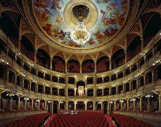 13 vackra teatrar med fantastiska detaljer