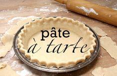 Pâte à Tarte Traditionnelle Québécoise (sans beurre) pour Tourtières Pie Recipes, Dessert Recipes, Cooking Recipes, Recipies, Tourtiere Recipe Quebec, Sweet Pie, No Bake Pies, Cakes And More, Pie Dish
