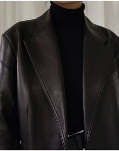 Back in stock - The Leather Blazer, worn here by designed with a straight and slightly oversized fit, cut from premium soft and pliable leather that has undergone a chrome-free tanning process. Explore ARKET's other new arrivals: link in bio. Look Fashion, Winter Fashion, Fashion Outfits, Womens Fashion, Blazer Fashion, Fashion Tips, Travel Outfits, Hipster Outfits, Modest Fashion