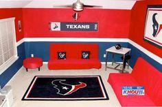 Football Rooms | Football Decorating Ideas | Sports Decor#show-your-true-colors#show-your-true-colors