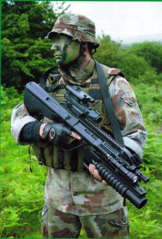 A member of the Irish Army Ranger wing #IrishArmy