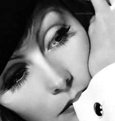 Greta Garbo photographed in 1932 by Clarence Sinclair Bull