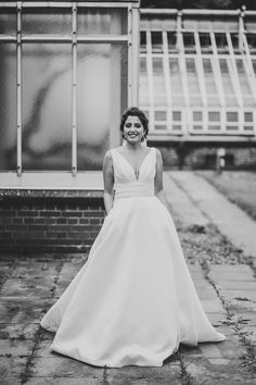 Pronovias plaza 2016 pronovias brides berlin women bridal fahsion dress 2017 white shooting pose honeymoonpictures wedding blog collection brautkleid belle neckline dream dress