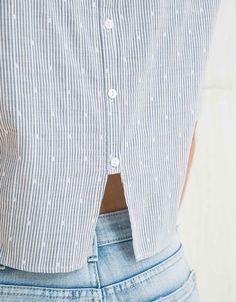 Blouse avec boutons et volants sur les manches - Chemises - Bershka France