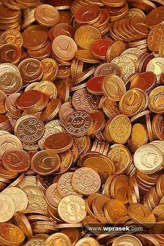 Gold coins chocolate by wprasek, via Flickr #GoldCoins