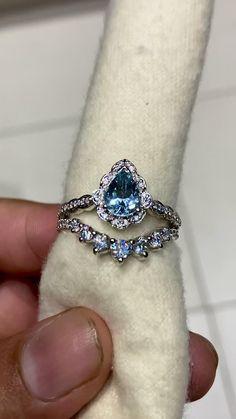 Nontraditional Engagement Rings, Dream Engagement Rings, Vintage Engagement Rings, Vintage Rings, Antique Sapphire Engagement Rings, Unique Wedding Rings, Pear Diamond Rings, Moissanite Diamond Rings, Diamond Jewelry
