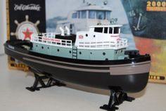 "Ertl - Texaco ""Fire Chief"" Tugboat Bank 1st 2000 Millennium 19800 NIB - K 93C a"